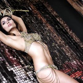 Model Tourne by Lingga Jauhari Art - Nudes & Boudoir Boudoir ( #model #fashion #mood #sexy #photoshoot #photooftoday #bikini #australiangirls #girl )