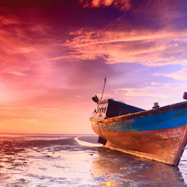 NOW by Teguh Satriyo - Transportation Boats