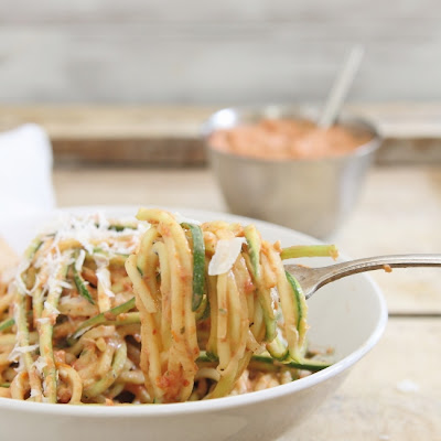 Zucchini Noodles with Creamy Roasted Tomato Basil Sauce