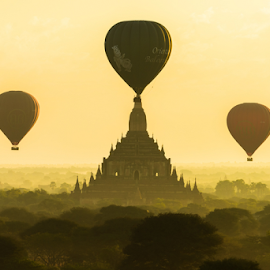 Bagan sunrise with triple balloons by Krissanapong Wongsawarng - Landscapes Travel ( buddhism, myanmar, sunrise, landscape, bagan )