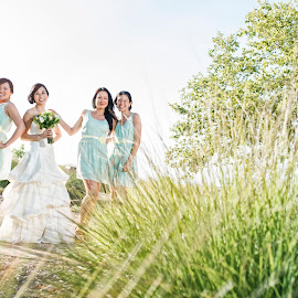 Happy ladies means happy gentlemen  by Yansen Setiawan - Wedding Groups ( creative, art, losangeles, bridesmaid, love, yansensetiawanphotography, fineart, d800, wedding, photographer, la, yansensetiawan, nikon, yansen )