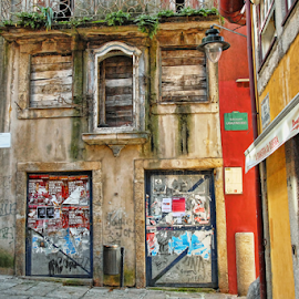 by Antonio Amen - City,  Street & Park  Street Scenes
