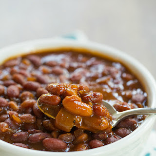 Slow Cooker Root Beer Baked Beans