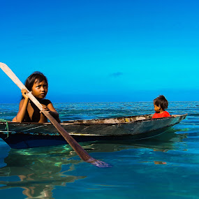 by Zahir Mohd - Transportation Boats ( water, children, boat, people )