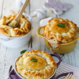 Mini mac and cheese pies with Parmesan and pancetta