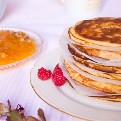 Pancakes with Orange Marmalade and Walnuts