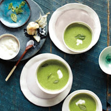 Chilled Garlic and Spinach Soup