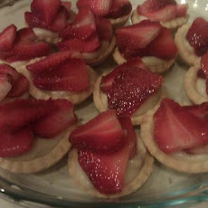 Strawberry Custard Cream Pie