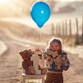 Isaac turns 1! by Claire Conybeare - Chinchilla Photography - Babies & Children Toddlers