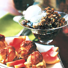 Apple-Prune Crisp with Hazelnut Topping