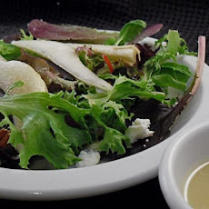 Wicklewood's Pear and Roquefort Salad