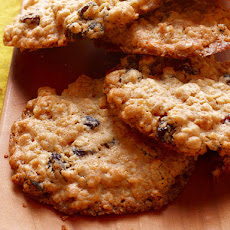 Chewy Oatmeal Raisin Nut Cookies