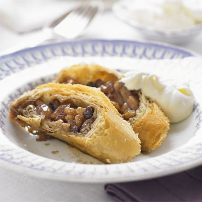 Caramelised Apple & Walnut Strudel