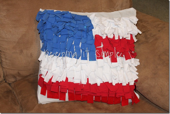 flag pillow (1)