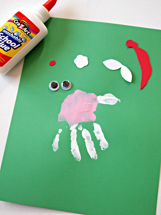 santa handprint craft for kids