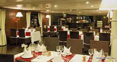 Dining-Room-2-low.jpg