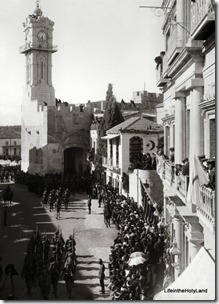 Allenby entry 1917, troops entering Jaffa Gate, mat02225
