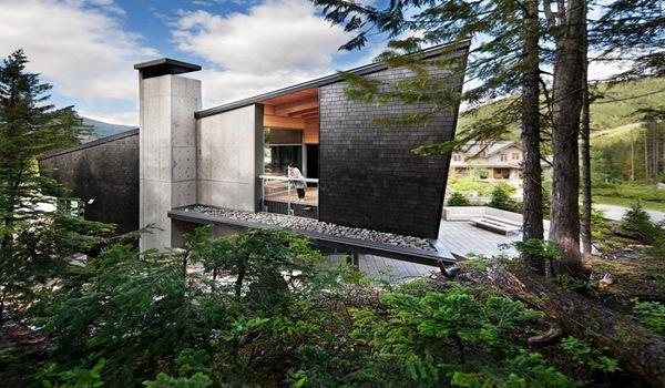 fachada-casa-piedra-negra