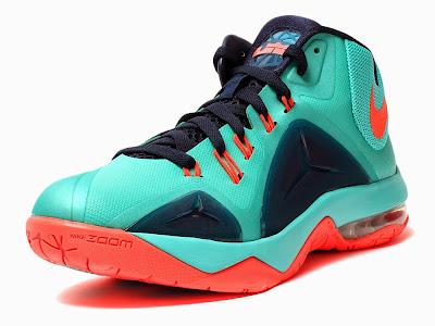 7ddbf0f983 nike ambassador vii   NIKE LEBRON - LeBron James Shoes