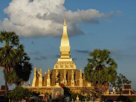18. Pha That Luang Stupa.JPG