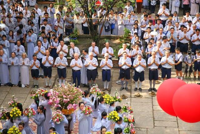 IMG 1826 Đại lễ Phật đản PL 2557 tại Tu viện Quảng Hương Già Lam