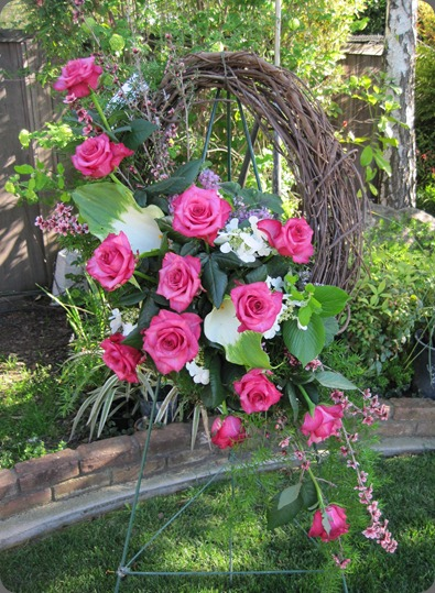 funeral Apr04 (8) fleurie