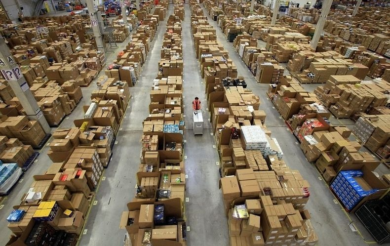 amazon-warehouse-0