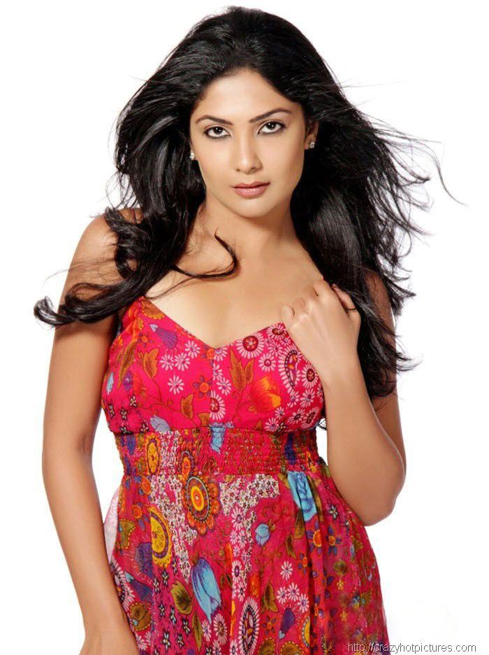 actress hot images - thumbgal