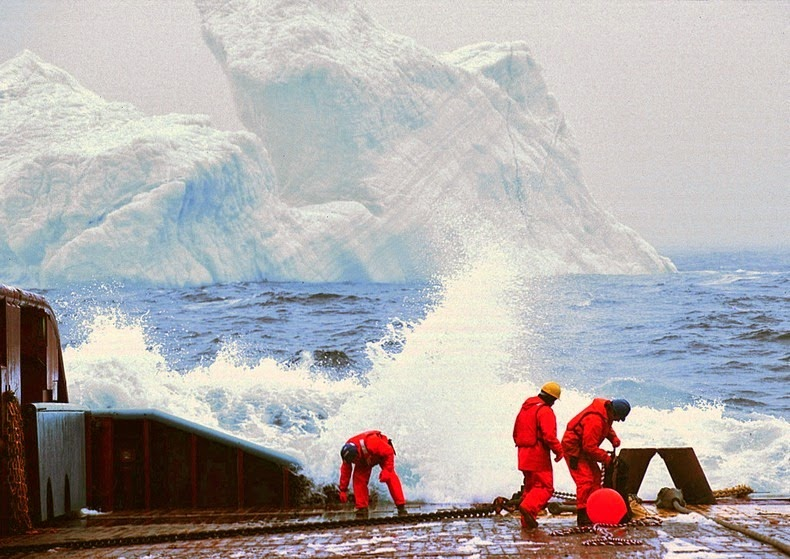 towing-iceberg-2