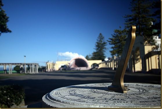 Sundial and sea shell in Napier
