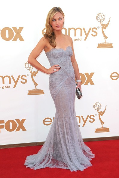 Julia Stiles arrives at the 63rd Annual Primetime Emmy Awards