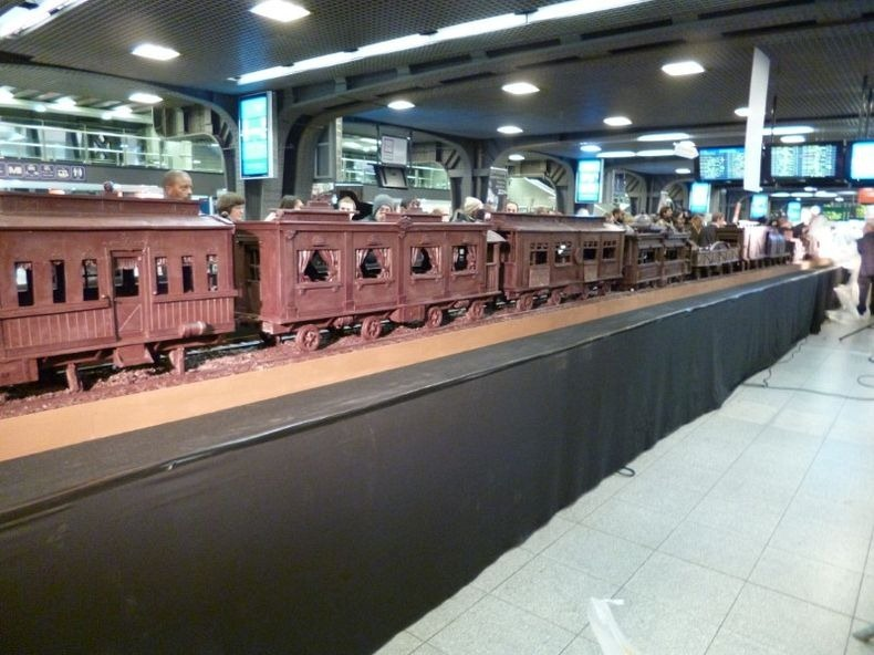 chocolate-train-9
