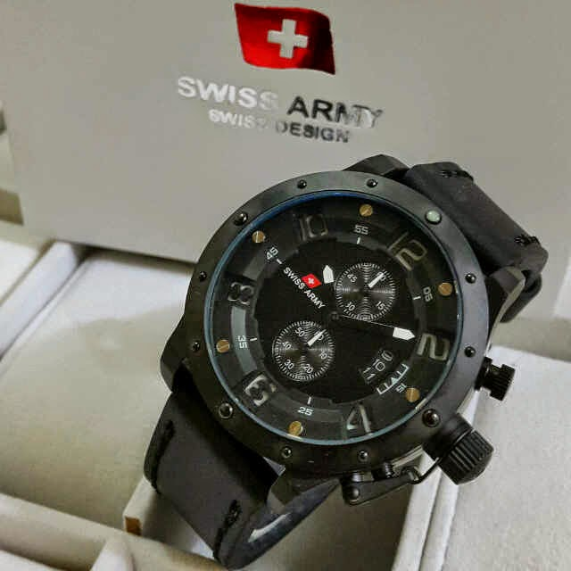 Jual jam tangan Swiss Army Crono black leather list white