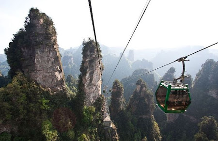 Imagini spectuloase China: muntele Zhiangjiajie - Avatar