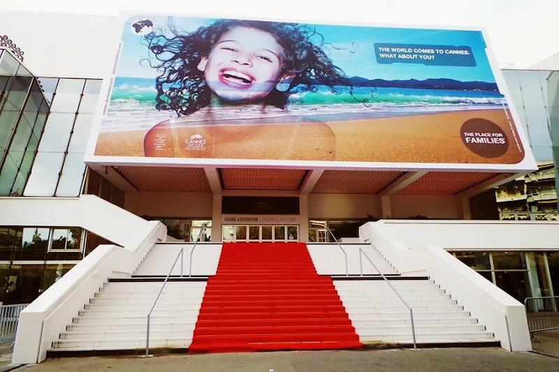 outfit, CANNES, Palais des Festival di Cannes, zagufashion, italian fashion bloggers, fashion bloggers, street style, zagufashion, valentina coco, i migliori fashion blogger italiani