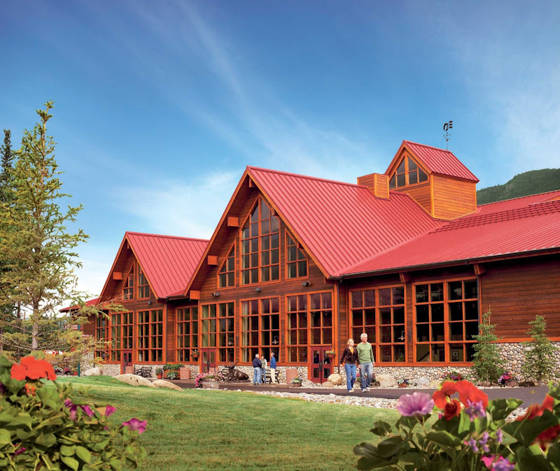 When guests visit Denali National Park, Denali Princess Wilderness Lodge is the most convenient place to stay. The entrance to the park is less than a mile from the lodge.