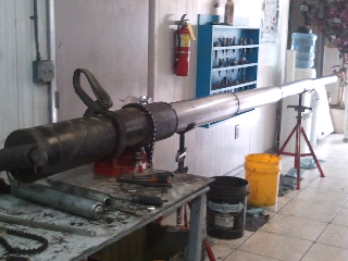 Rogue Hydraulics: Commercial telescopic cylinder disassembly