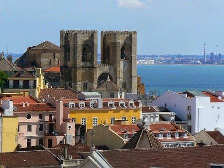 13. Catedrala Lisabona.JPG