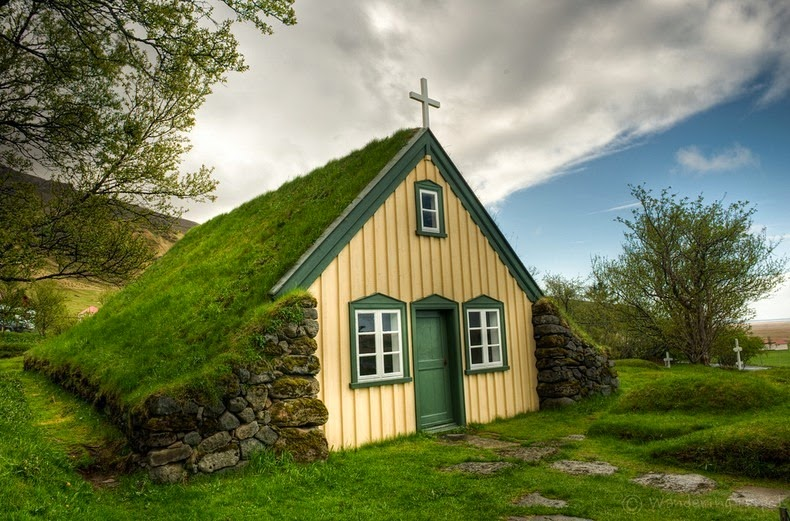 The Last Turf Church Of Hof Iceland Amusing Planet