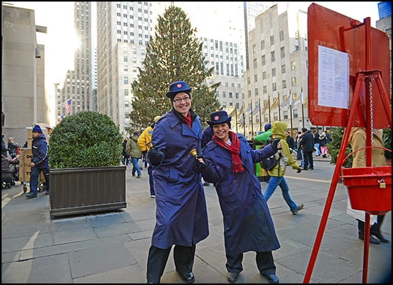 salvation-army-bell ringers