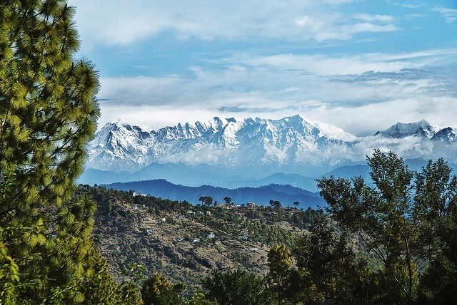 Almora-view-by-Allan-Hopkins