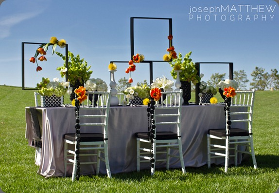 orange-green-black-modern-wedding-table-aileen-tran