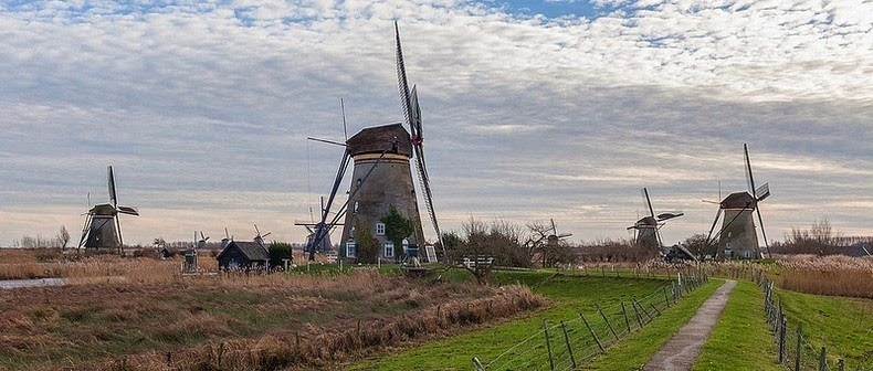 windmills-of-kinderdijk-3
