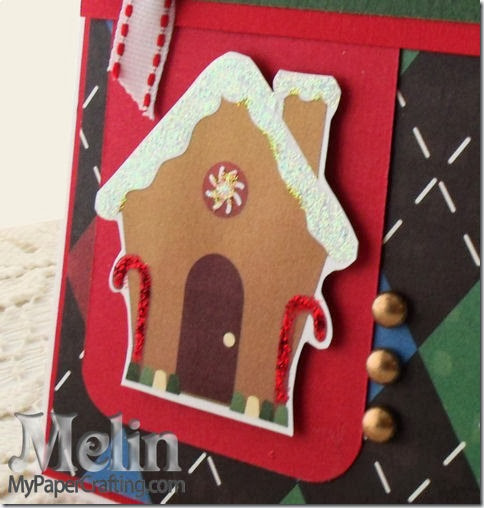 gingerbread house closeup-480