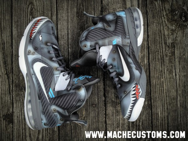 purchase cheap 1aa31 ce1b4 Nike LeBron 9 8220Wounded Warriors Project8221 Custom by Mache ...