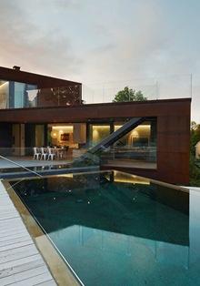 piscina-villa-midgard-