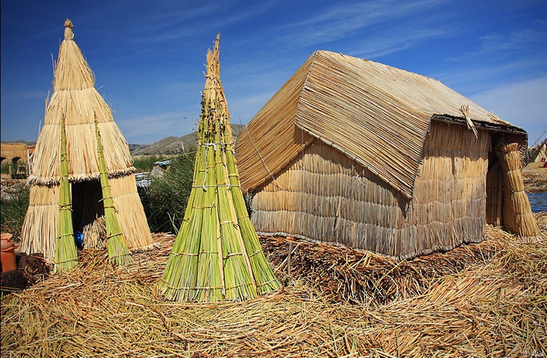 uros-floating-island-4