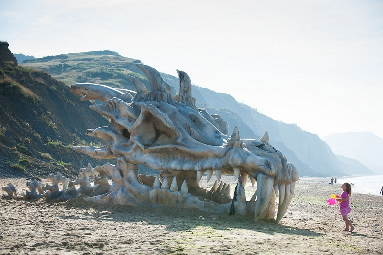 blinkbox-dragon-skull-4