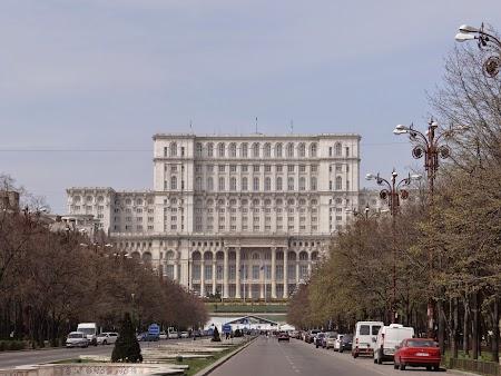 06. Palatul Parlamentului.JPG