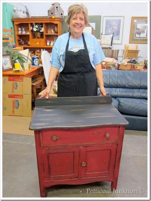 furniture painting workshop Petticoat Junktion